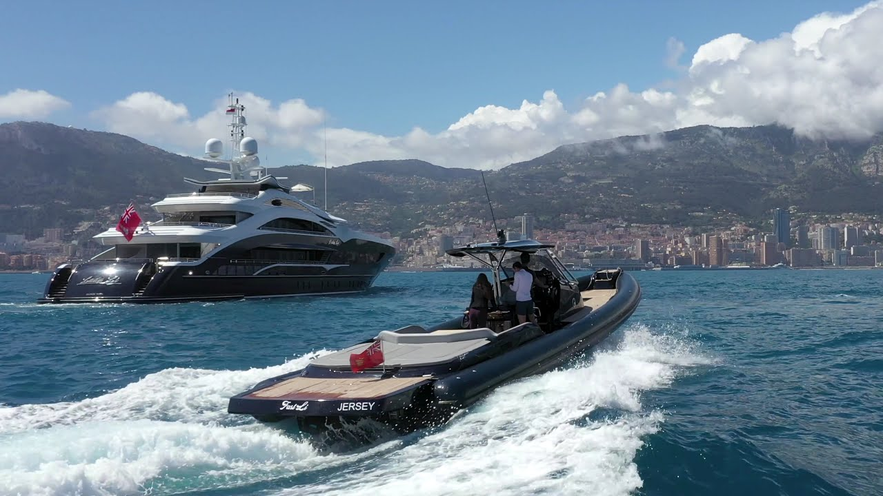 Heesen 50m MY Lady Li at anchor off Monaco 2021